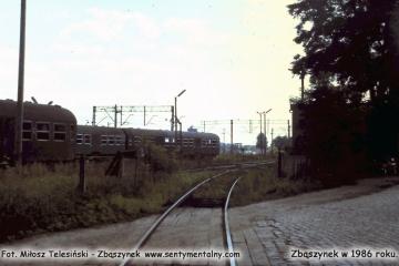 Koło myjni wagonów, przejazd w stronę wikliny, GS ów. Lato 1986.