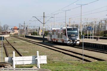 Wjazd pociągu z Leszna w dniu 31.03.2017.