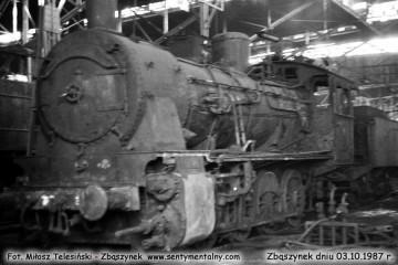 03.10.1987. Podczas remontu w lokomotywowni Zbąszynek.