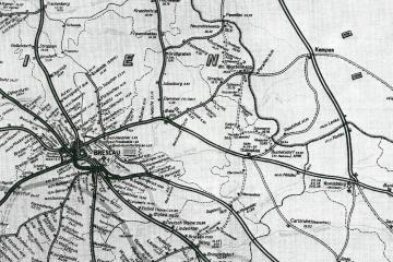 Mapka z 1943 Widoczny fragment kolei granicznej, która miała zastąpić przerwane w 1920 roku połączenia. Początek brała w Brzegu, a kończyć w Starych Bielicach, dołączając do traktu Kostrzyn - Krzyż.