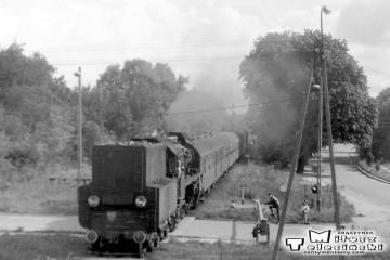 W Gołdapi 29.09.1990. Ol49-61 z Ełku i dalej będzie wracał do Białegostoku, Warszawy.