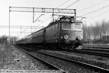 """Zbąszynek. EP05-05 z """"Beroliną"""" 19.04.1987 roku."""
