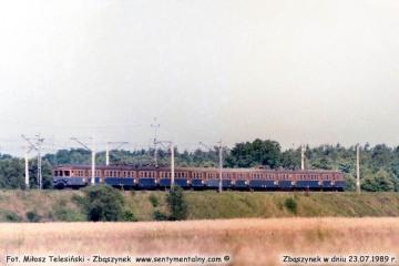 Jednostka EN57 ze Zbąszynka do Rzepina w dniu 23.07.1989.