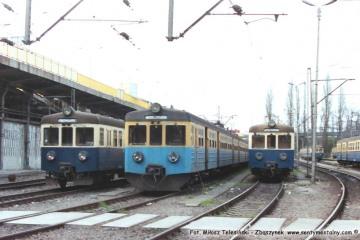 Poznań 19.04.1994. Od lewej 1413, 805, 624