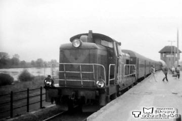 Osobowy po przyjeździe z Myśliborza w maju 1991.