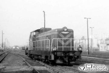 30.04.1991. Gorzów Wlkp. Widok od strony peronów nadwarciańskich w kierunku dworca towarowego.