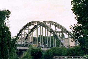 Gorzów wlkp. 20.06.1988. wjazd pociągu osobowego ze Zbąszynka.