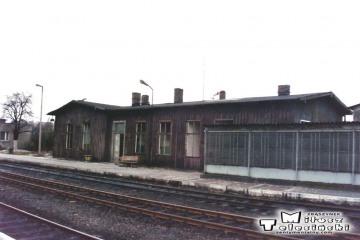 Gorzów Wlkp. w maju 1991. Budynek zniknął - zawalił się przy rozbiórce. Lipiec 1991.