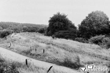 Kursko w dniu 08.09.1986. Odgałęzienie toru bocznicowego do Kęszycy - dawnej siedziby wojsk. Do 1945 roku tor dochodził do Staropola, łącząc się z linią Toporów - Międzyrzecz.
