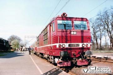 """Rzepin 19.04.1994. EC """"Berolina"""" z Berlina do Warszawy."""