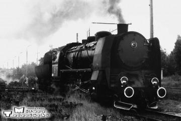 Lokomotywownia Rzepin w dniu 08.09.1986. Ty45-363.
