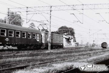 """Toporów 21.09.1986. EP05-22 z Expresem """"Berolina"""" Berlin - Warszawa."""