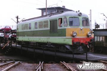 Leszno - lokomotywownia w dniu 08.03.1988. ST43-18.