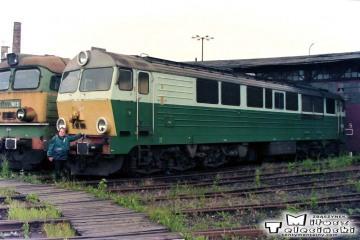 Olsztyn - lokomotywownia 14.06.1998. SP47-001.