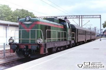 Korsze 22.06.1993. SP42-162 ze składem do Skandawy.
