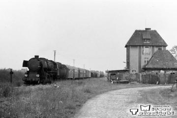 Bukownica 28.05.1988. Ty2-934 z ostatnim pociągiem pasażerskim do Namysłaków.
