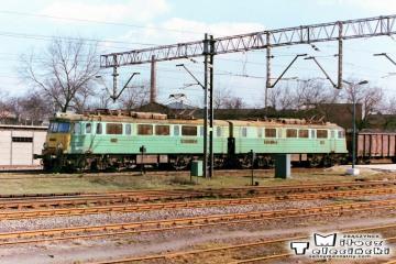 Ostrzeszów 12.03.1990. ET41-156 do Poznania.