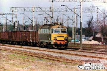 Ostrzeszów 12.03.1990. ET22-095? z Poznania.