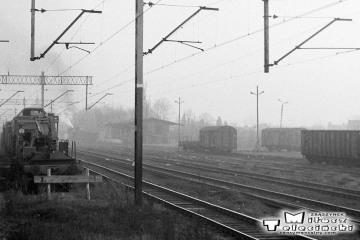 Ostrzeszów 15.11.1986. Po lewej w tle Tkt48-129 podczas manewrów.