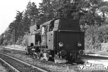 Skwierzyna 03.10.1987. Tkt48-28 objeżdża pociąg specjalny Zbąszynek - Międzyrzecz - Wierzbno - Międzychód - Wierzbno - Skwierzyna - Wierzbno - Międzyrzecz - Zbąszynek.