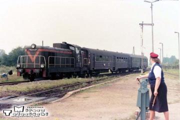 Gorzów Zieleniec 10.07.1989. SP42-250, maszynista Stanisław Błaszkiewicz. Na fotce Pani Ferlacka.