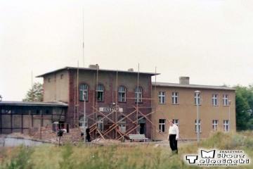 Krzeszyce w dniu 10.07.1989. Pociągi jeździły już po remoncie na całej linii (przedtem na czas remontu tylko na odcinku Zieleniec - Rudnica).