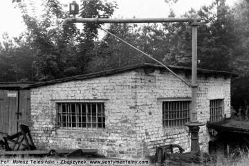 Rudnica 22.09.1987. Żuraw wodny należący do kolei prywatnej Rudnica - Kostrzyn