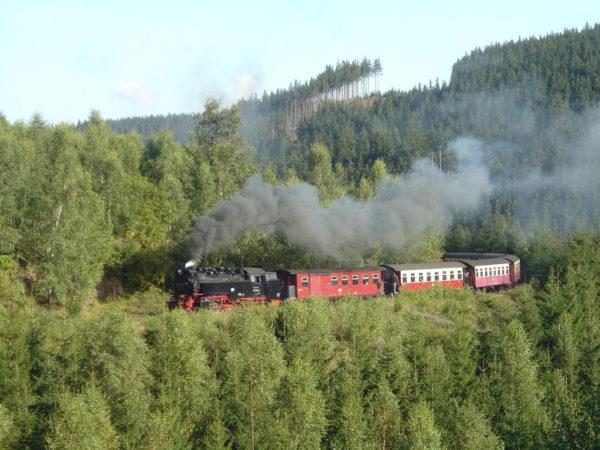 Harzquerbahn_near_Drei_Annen_Hohne_-_2007-09-19