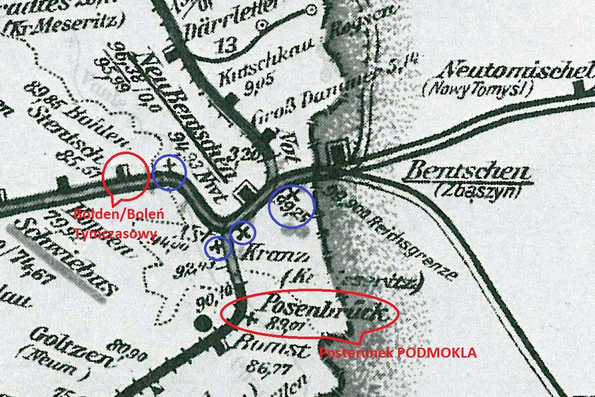 Mapka z1938 roku. Neu Bentschen (Zbąszynek) i okolice w 1938 roku. Na czerwono zaznaczono krótko istniejący przystanek BOLEŃ, pomiędzy stacją Szczaniec a Zbąszynkiem. Niżej zaznaczony posterunek PODMOKLA, w miejscu, gdzie odchodził stary tor w kierunku Zbaszynia, był on po prawej stronie zaraz na początku nie używanego nasypu. W lewo mamy aktualny tor do Zbąszynka.