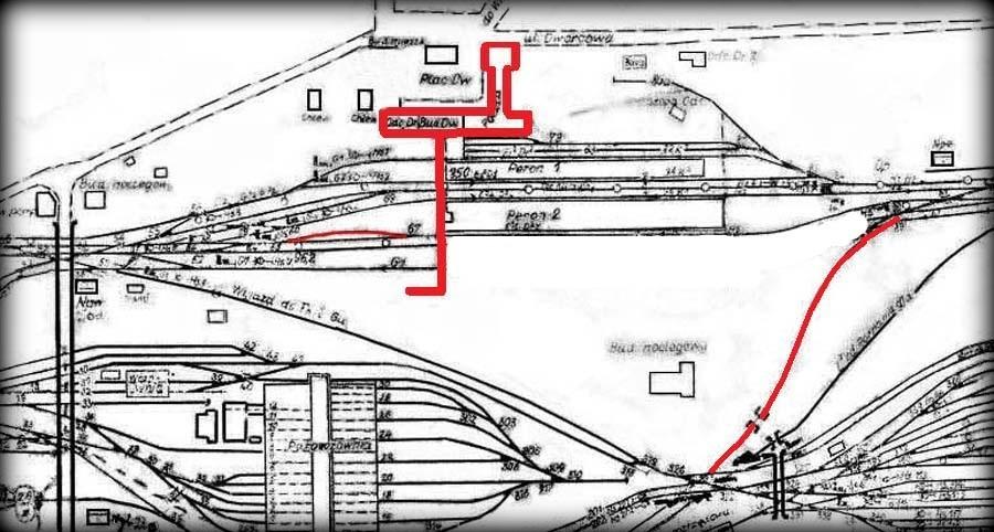 Fragment planu z 1941 roku, tłumaczony na Polski tuż po wojnie. Budynek od strony miasta nie ukończony do docelowej postaci. Zaznaczony tor boczny, który od 1944 roku, z chwilą oddania tuneli podziemnych ma wjazd tylko od strony zachodniej. Tor po prawej w kierunku dworca towarowego nigdy nie był wybudowany.